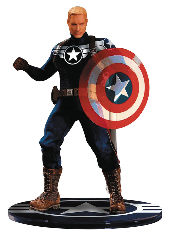 Mezco Toyz Marvel Commander Steve Rogers Captain America One:12 Quality Action Figure 112