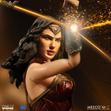 Mezco One:12 1:12 DC Comics Wonder Woman Gal Gadot Quality Action Figure 2 Heads 112