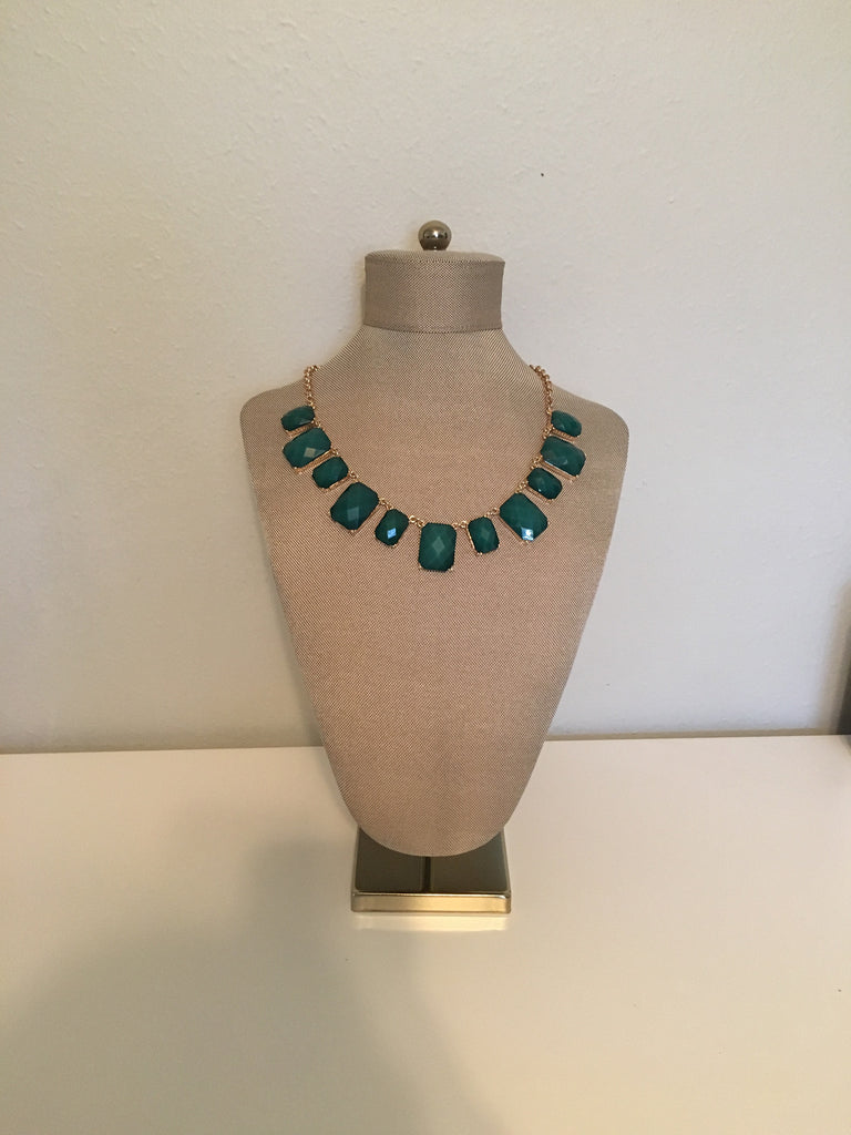 Emerald Aisle Necklace