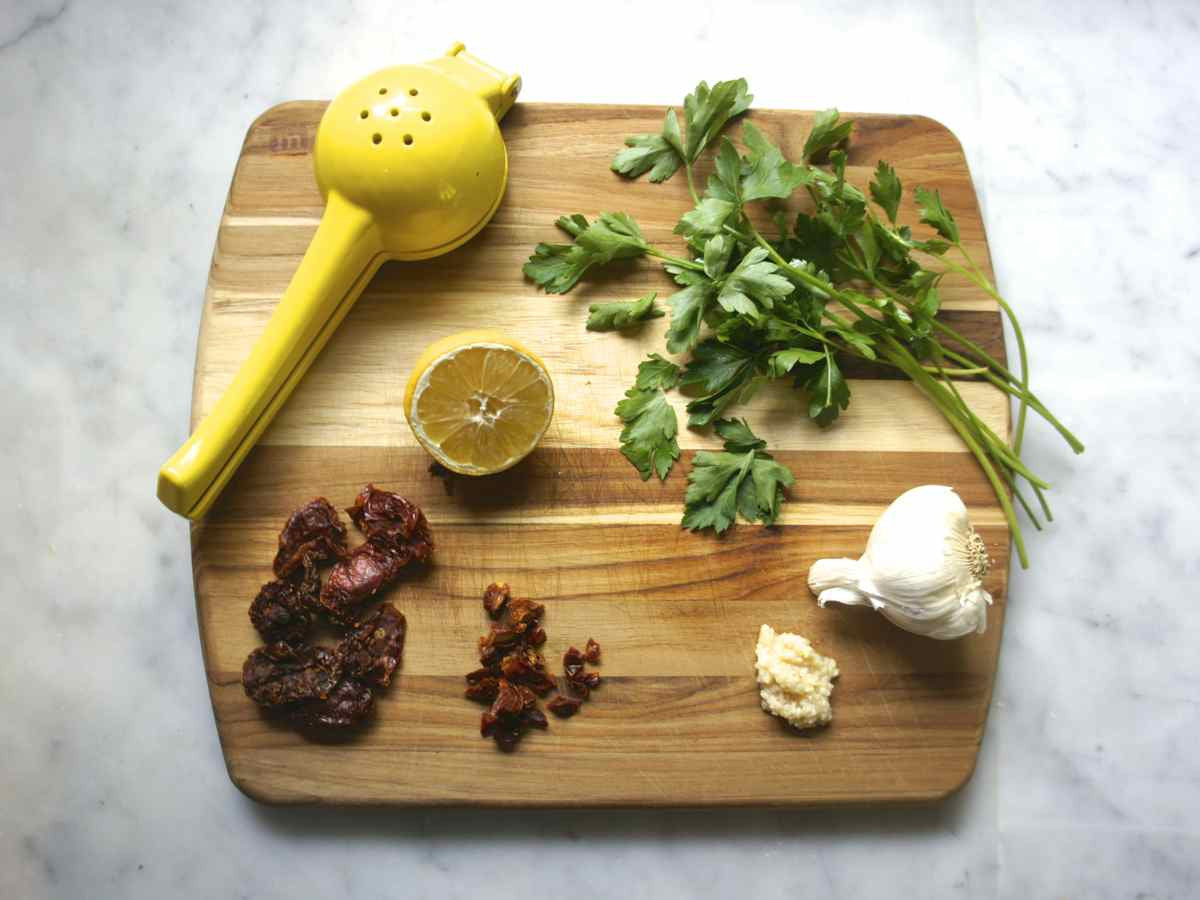 Sun-dried Tomato Parsley Butter