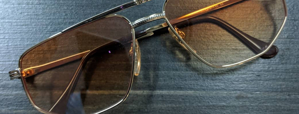 Top 5 Vintage Eyewear Brands to Wear with Suits