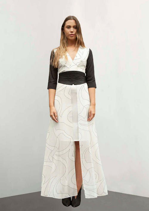 Maxi dress with white printed georgette, black sleeves and leather belt