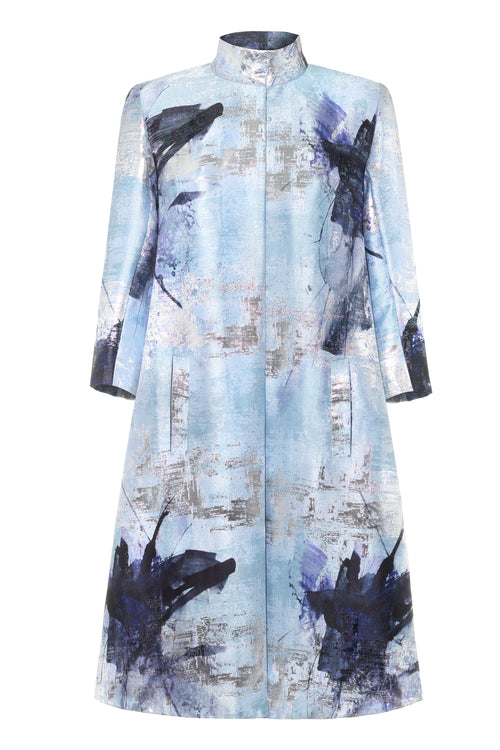 A-line shaped, Lurex Jacquard printed coat with ¾ sleeves and a box pleat at the back