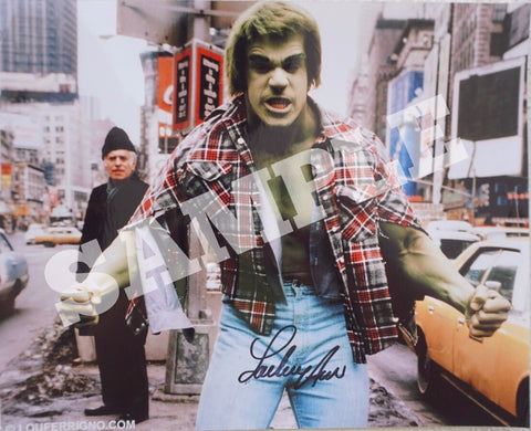 The Hulk in New York with shirt
