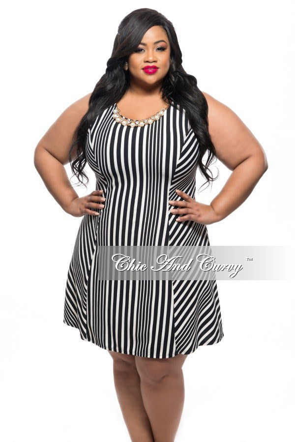 Final Sale Plus Size Sleeveless Short Dress in Black and White Stripe Print