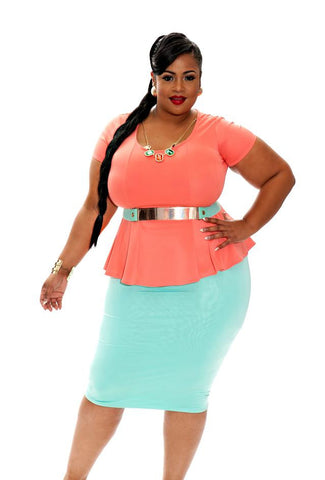 New Plus Size Pencil Skirt in Mint Green