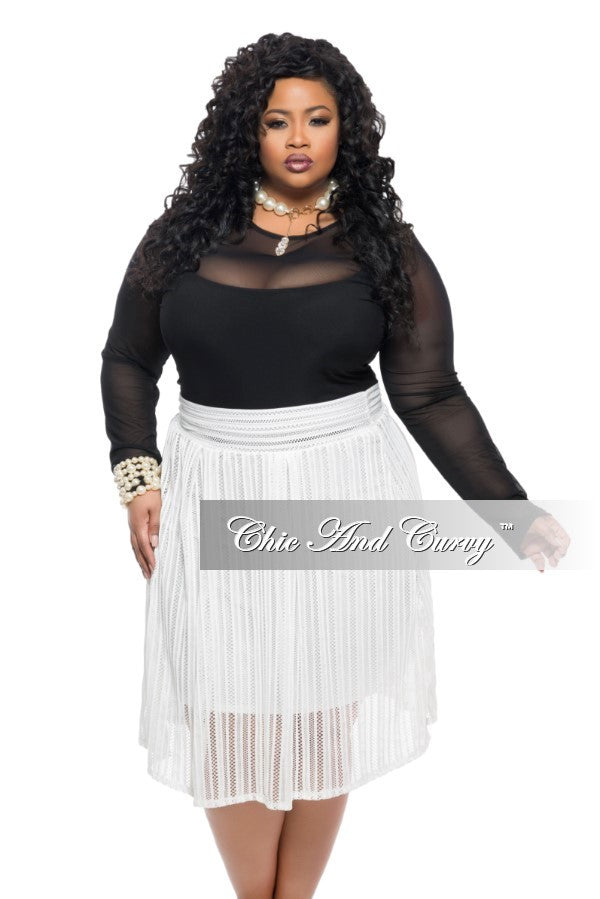 Final Sale Plus Size Lined Skirt with Designed Net Top Layer in Ivory