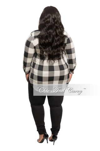 New Plus Size Checker Top in Black and Tan