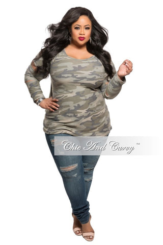 New Plus Size Top with Shredded Sleeves in Camouflage Print