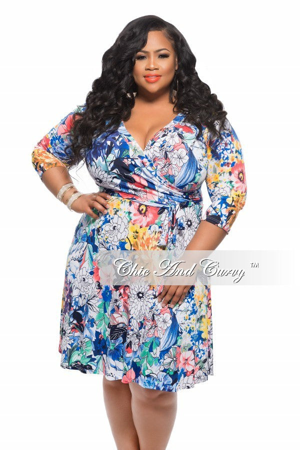New Plus Size Dress with Tie in Mixed Floral Print