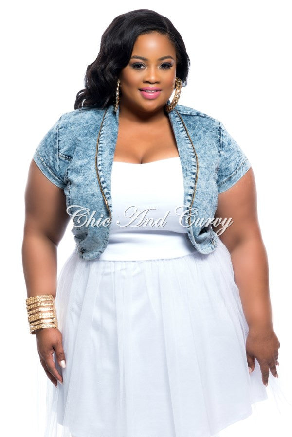 New Plus Size Cropped Denim Jacket with Gold Zipper