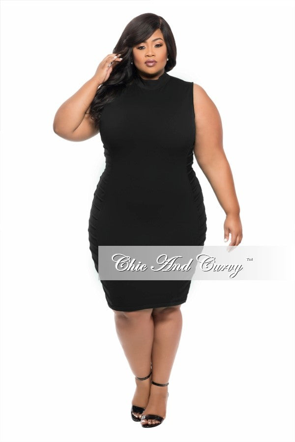 New Plus Size BodyCon Sleeveless Dress in Black