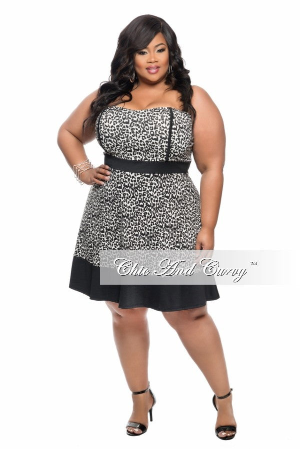 New Plus Size Strapless Skater Dress in Black and White Animal Print