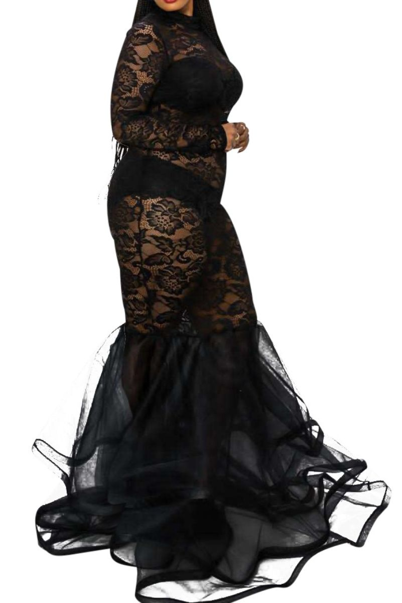 Final Sale Plus Size Full Length Lace Mermaid Gown with Tulle in Black