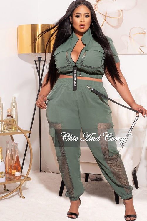 *Final Sale Plus Size 2-PC Jogging Set with Net Insets in Olive