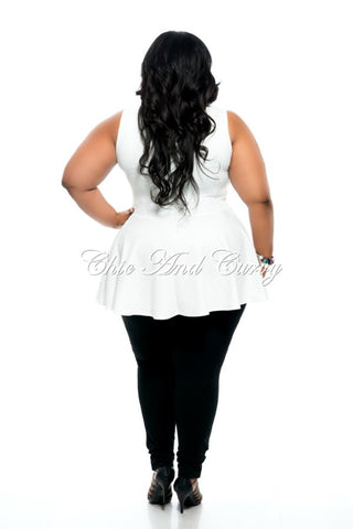 Final Sale Plus Size Sleeveless Ducktail Vest in Ivory