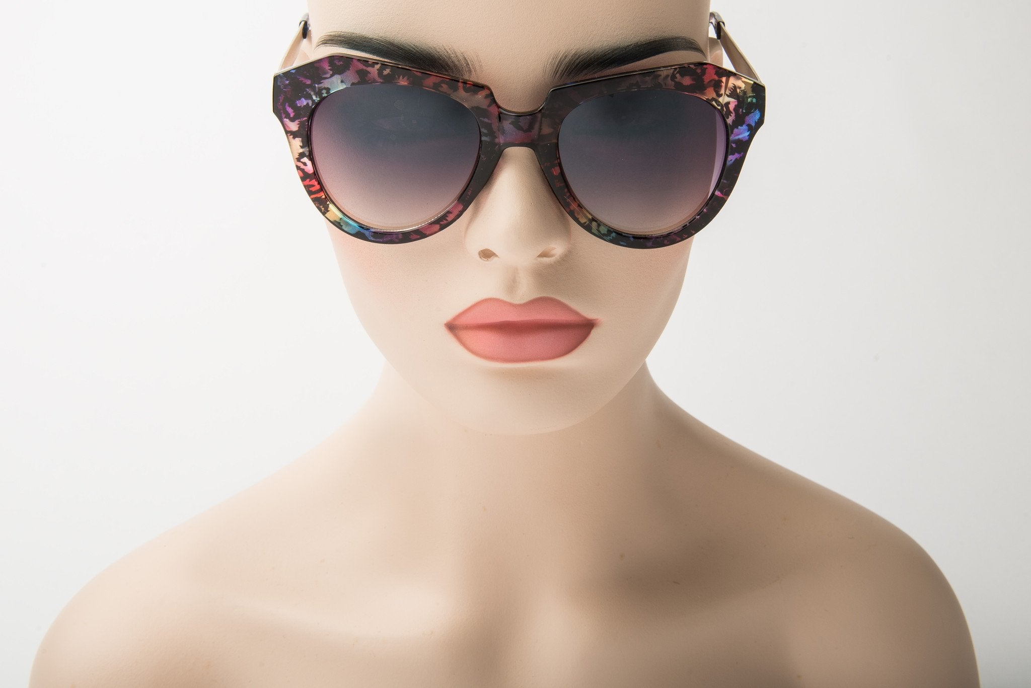 123a8238f368 Amber Sunglasses - Final Sale – Chic And Curvy