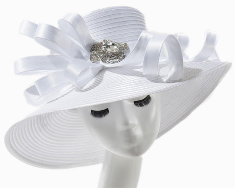 Final Sale Fascinator Hat with 3 Roses and Bow in White