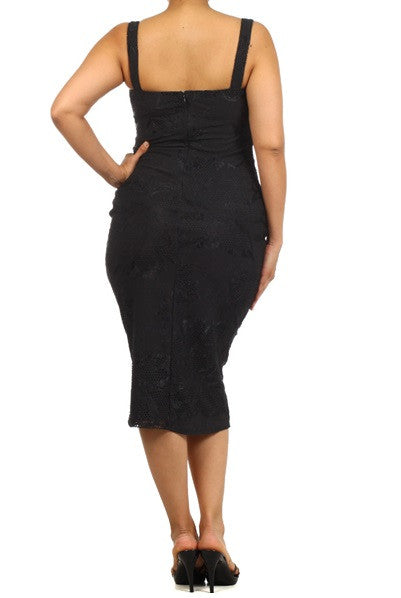 New Plus Size Bodycon Thick Spaghetti Strap Bombshell Dress in Black Lace