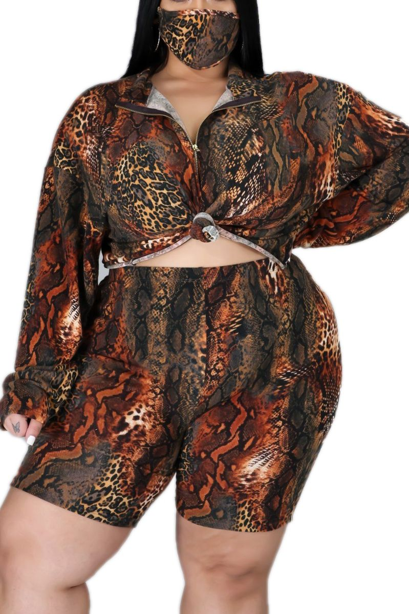 New Plus Size 2-Piece (Oversize Top & Bermuda Short) Set in Mixed Animal Print