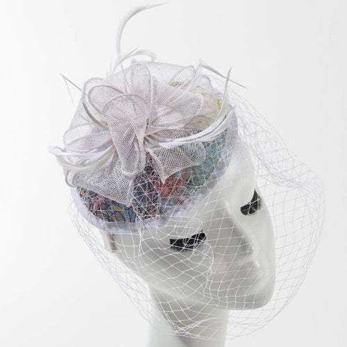 Final Sale Fascinator Hat with Bow in White