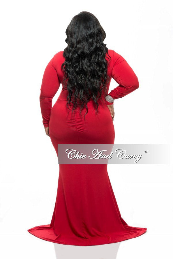 Final Sale Plus Size Long Sleeve BodyCon Dress w/ Mermaid Bottom, Front Ruching and Diamond Cutout Middle in Red.