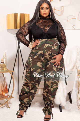 Final Sale Plus Size Mesh Bodysuit in Black Swish Print