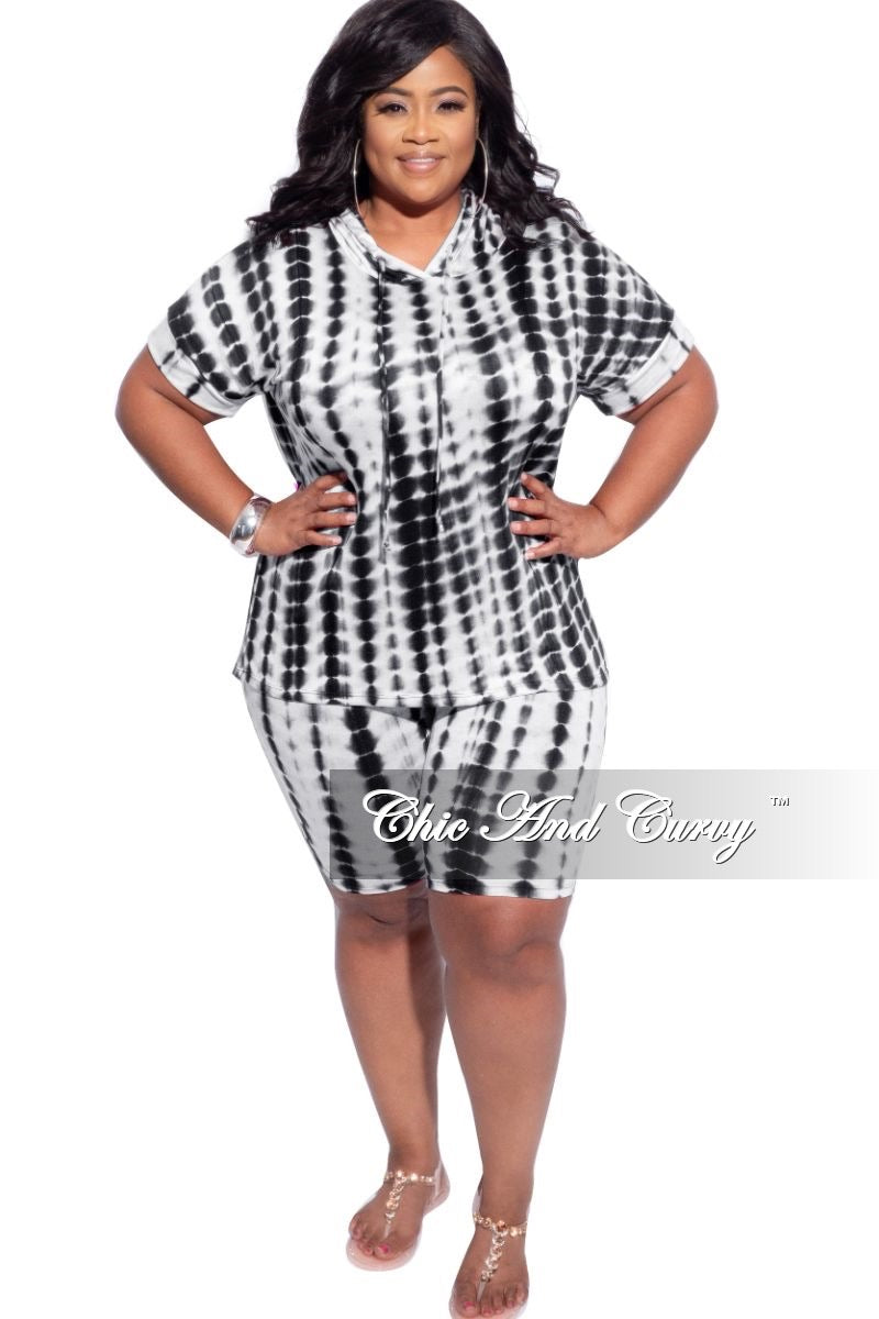 New Plus Size 2-Piece (Hooded Top & Short) Set in Black & Off White Tie Dye Print