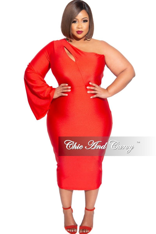 Final Sale Plus Size Shimmer One Bell Sleeve BodyCon Dress in Red