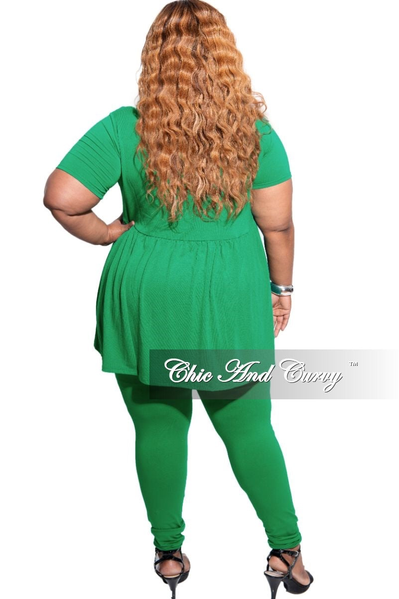 New Plus Size 2-Piece Short Sleeve Baby Doll Top and Legging Set in Kelly Green