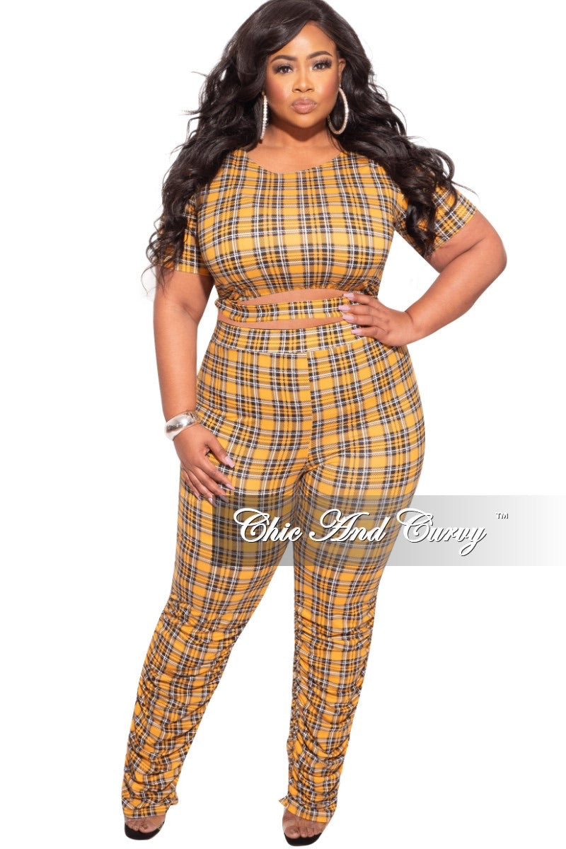 Final Sale Plus Size Plaid Set with Crop Top & Ruched Pants
