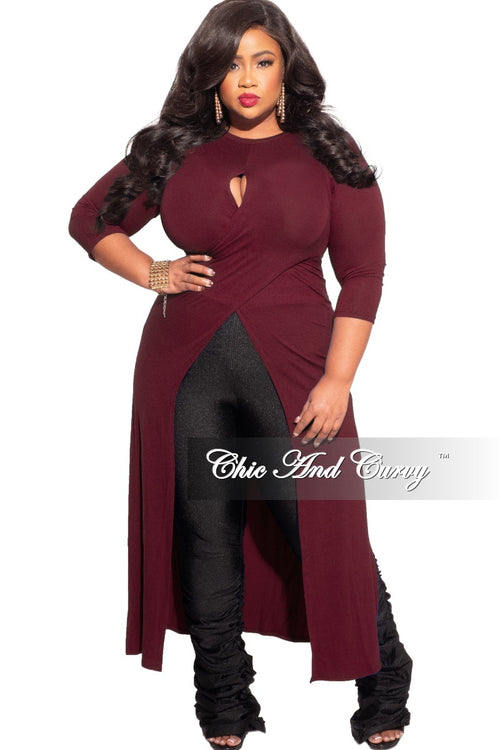 *Final Sale Plus Size Long Tunic Top with Keyhole in Burgundy