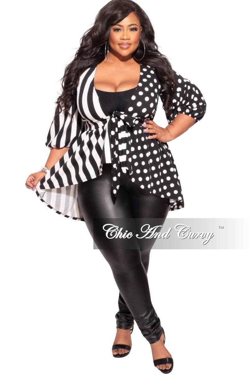 Final Sale Plus Size Peplum Top with Black & White Print