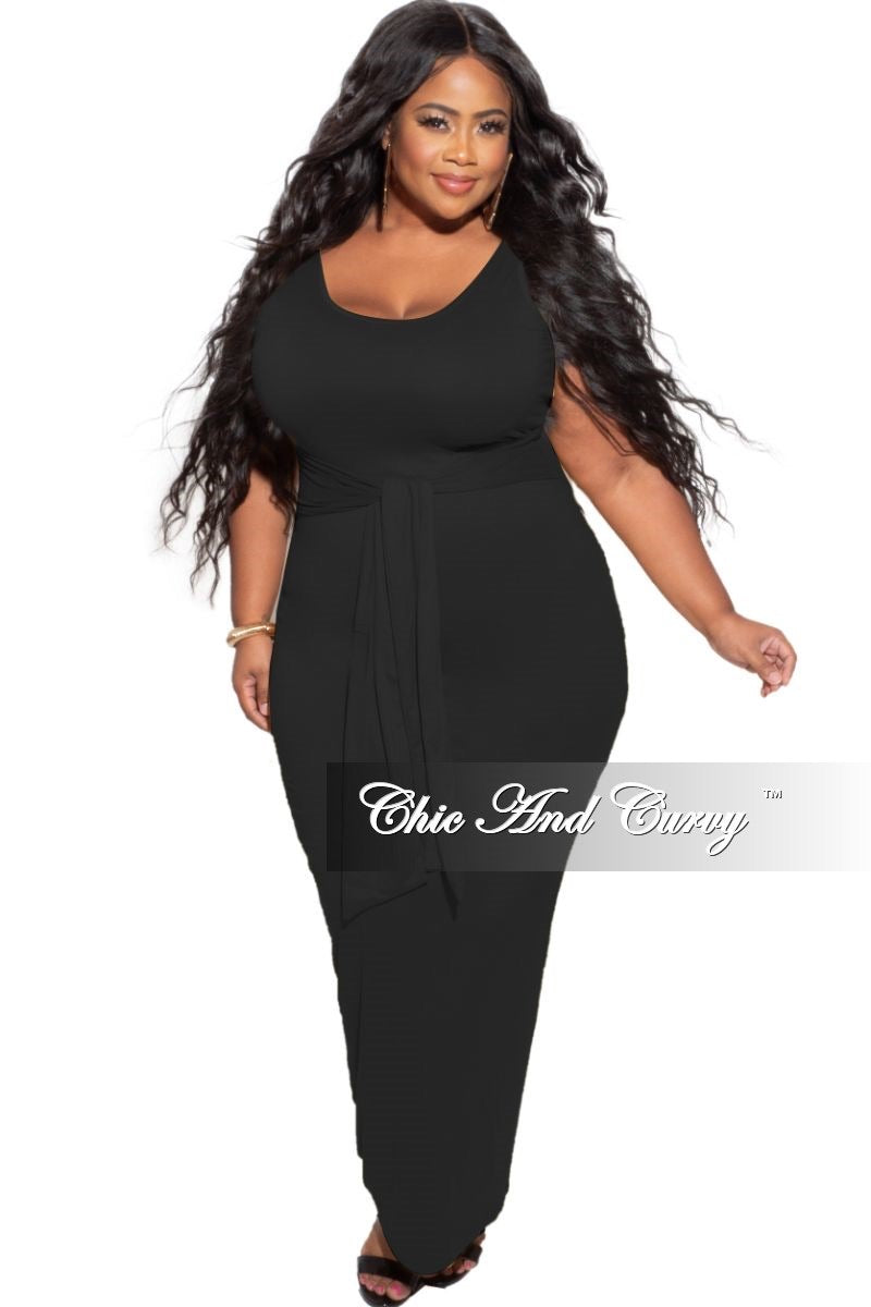 New Plus Size Midi Dress with Attached Belt in Black