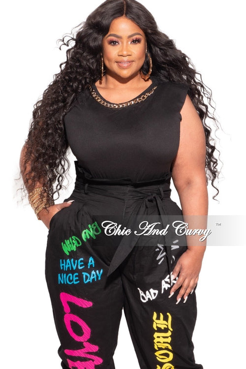 *Final Sale Plus Size Sleeveless Top with Shoulder Pads with Detachable Gold Fashion Chain in Black