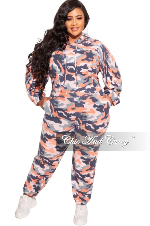 Final Sale Plus Size Jogger Set in Orange Camo Print