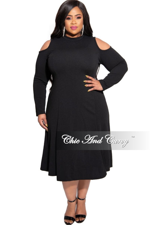 New Plus Size Cold Shoulder Dress in Black