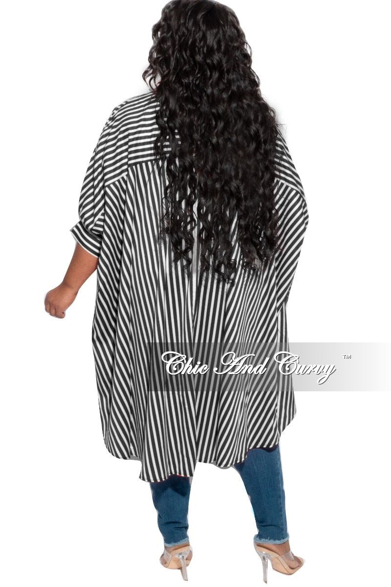 Final Sale Plus Size Oversized Hi-Low Top in Black and White Stripes