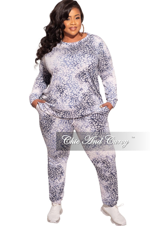 New Plus Size 2-Piece Top and Pants Set in Denim White and Grey Cheetah