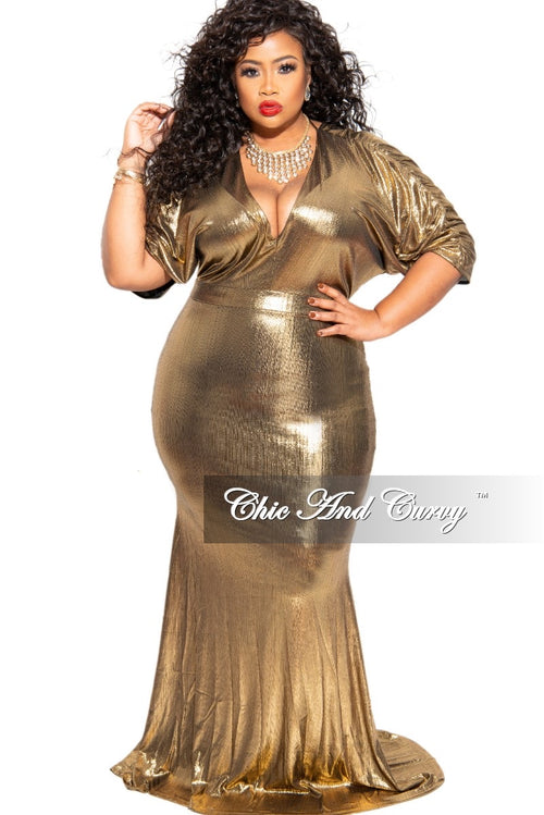 Final Sale Plus Size Holiday Gown in Gold