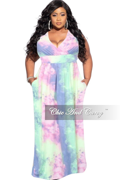 New Plus Size Sleeveless Surplice Dress in Rainbow Cloud Print