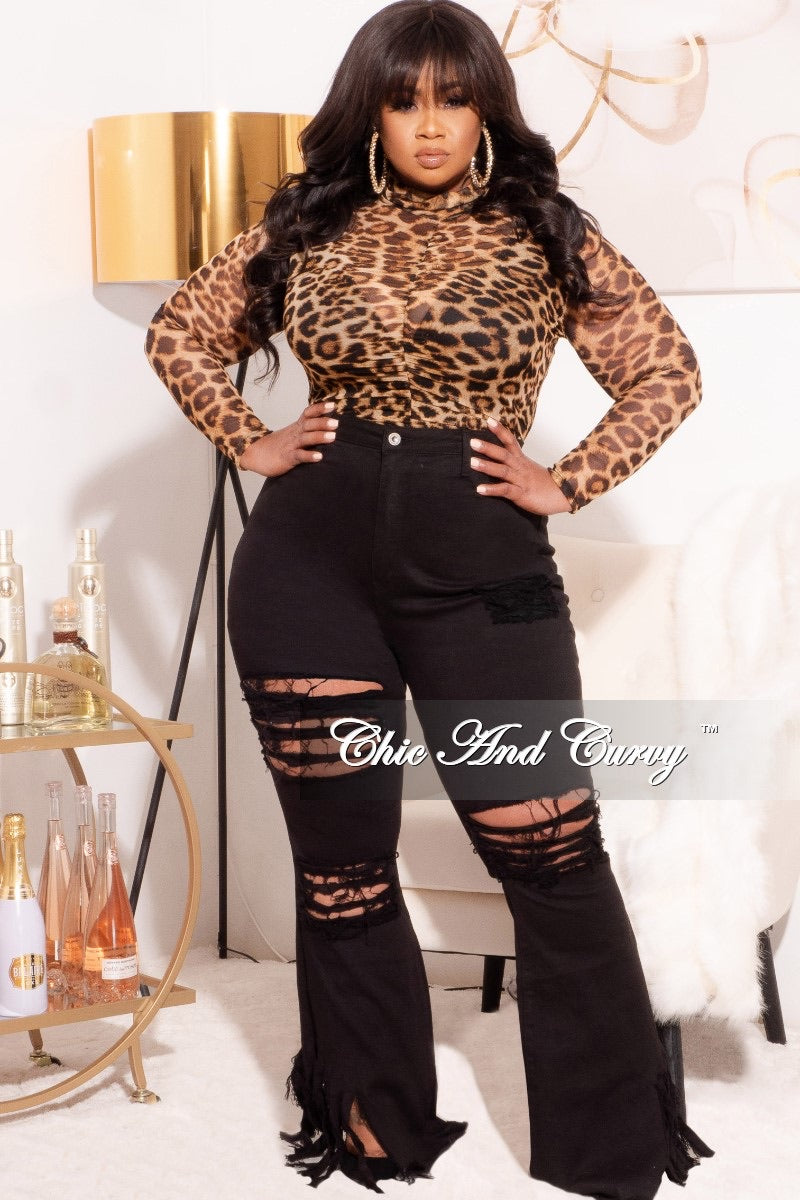 *Final Sale Plus Size Mesh Top with Middle Ruching in Leopard Print Love