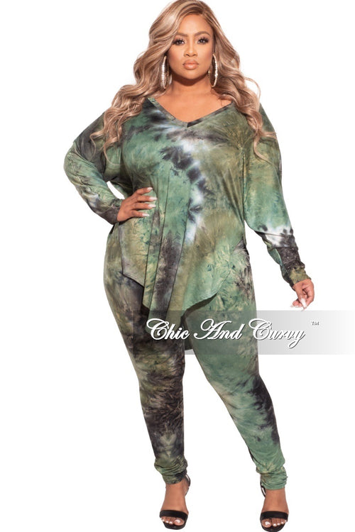 *Final Sale Plus Size 2-pc Pants Set in Navy / Olive Tie Dye