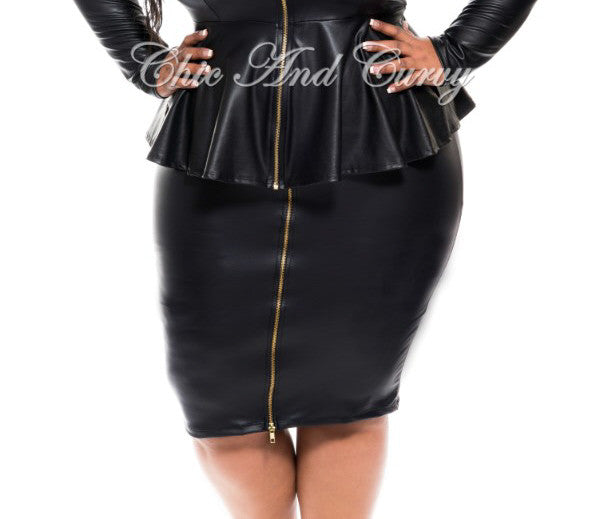 New Plus Size Liquid Pencil Skirt With Gold Front Zipper In Black