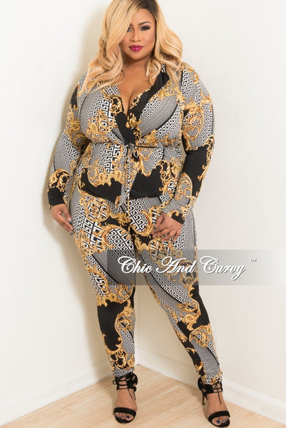 New Plus Size 2-Piece Lounge Set with Tie in Black White and Gold Print