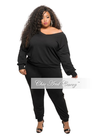 New Plus Size 2-piece Off the Shoulder Top and Jogger Pant Set in Black