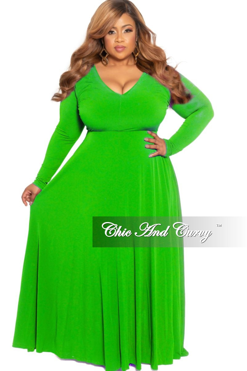 New Plus Size Long Sleeve V-Neck Maxi in Kelly Green
