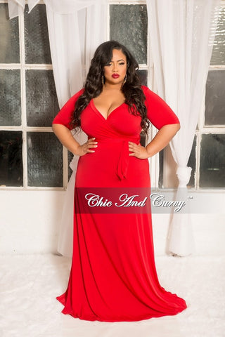 Final Sale Plus Size 2-Piece Ruffle Top and Pants Set in Burgundy and Tan Rose Print