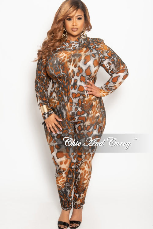 Final Sale Plus Size 2-Piece Top and Pants Set with Orange Animal Print