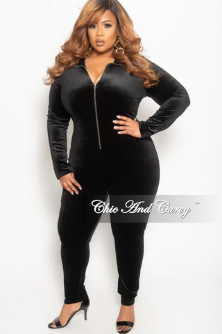 New Plus Size 2-Piece Jogger Set with Hood & Tie in Black